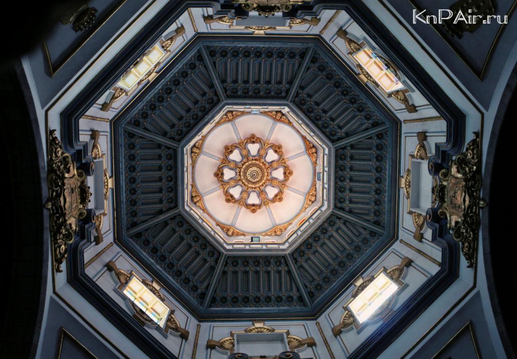 Pod kupolom Kandelyariya