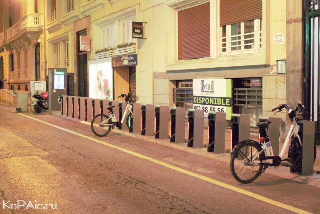 Noch-v-Madride-velosipedy