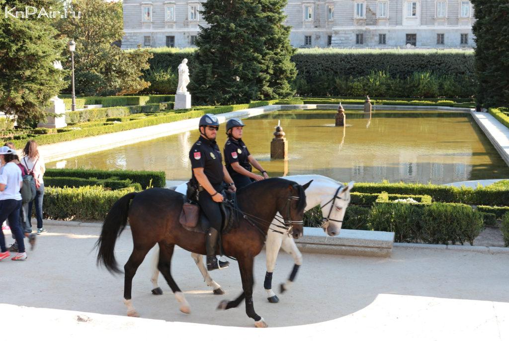 Konnaya-Policiya-v-Madride