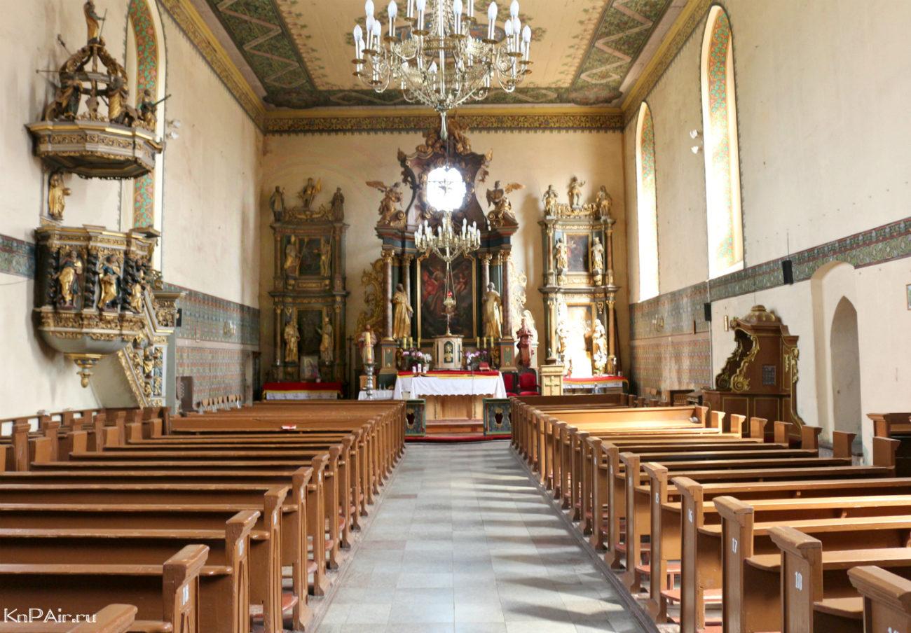 polskie-kostely-satopy