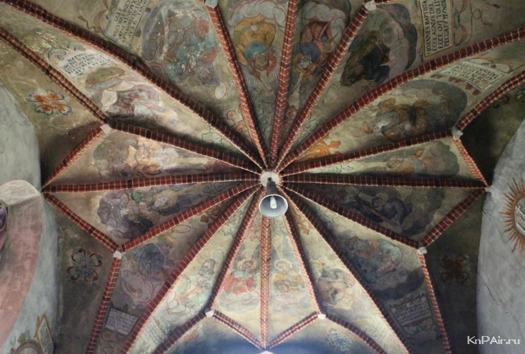 Rospis-potolka-kostel-Ioanna-Predtechi