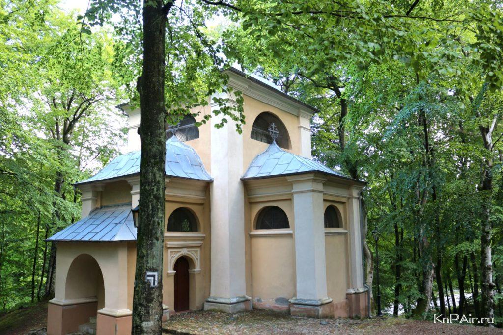 dvorec-pilata