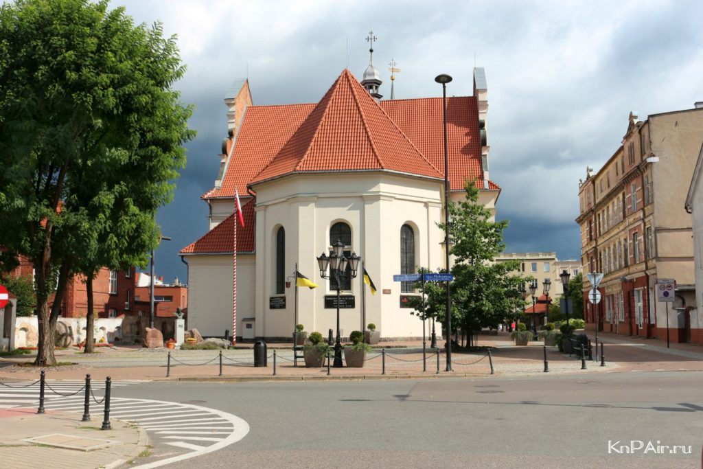 kostel-svyatoi-troicy-wejherowo