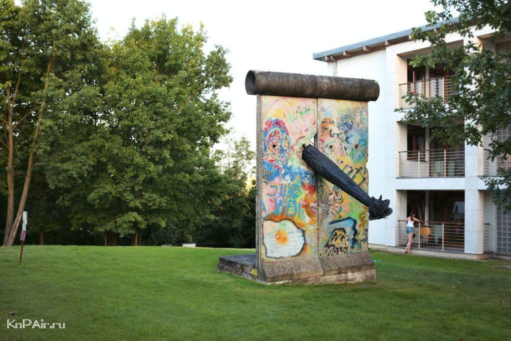berlinskaya-stena-v-gnezno