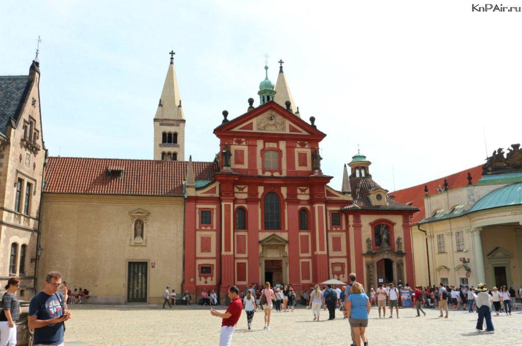 bazilika-svjatogo-georgija-v-prage