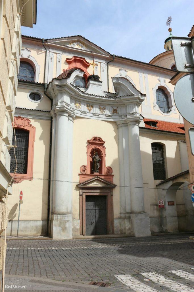 kostel-svjatogo-fomy