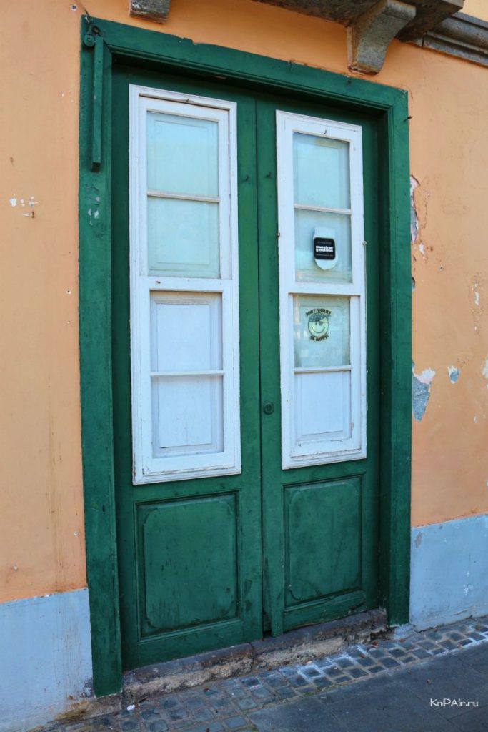 zelenaya-dver